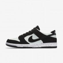 Nike SB Dunk Low Pro Skateboard Shoes For Men Black/Green/White/Black 854866-003